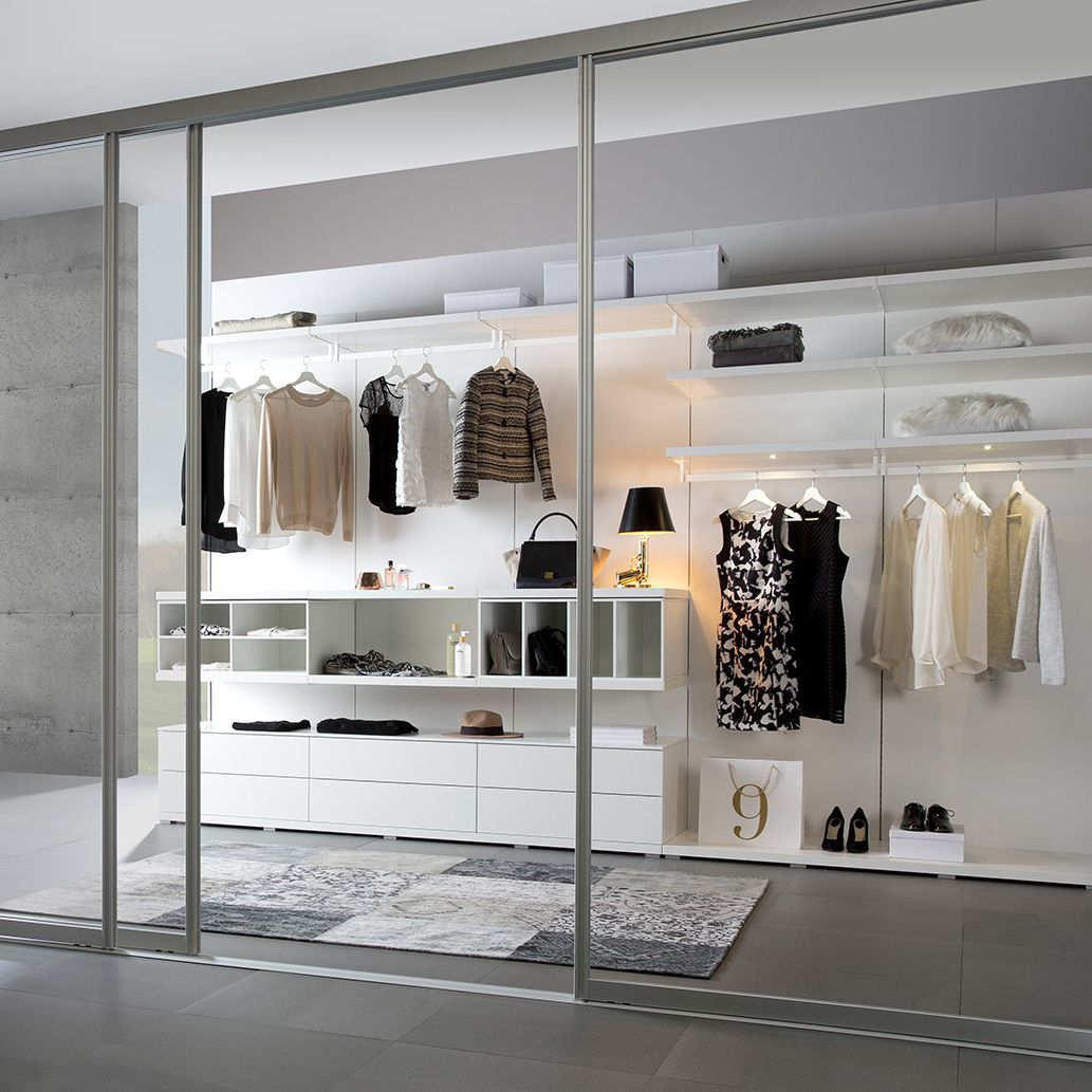 Cabina armadio moderna / in legno laccato / in alluminio ...