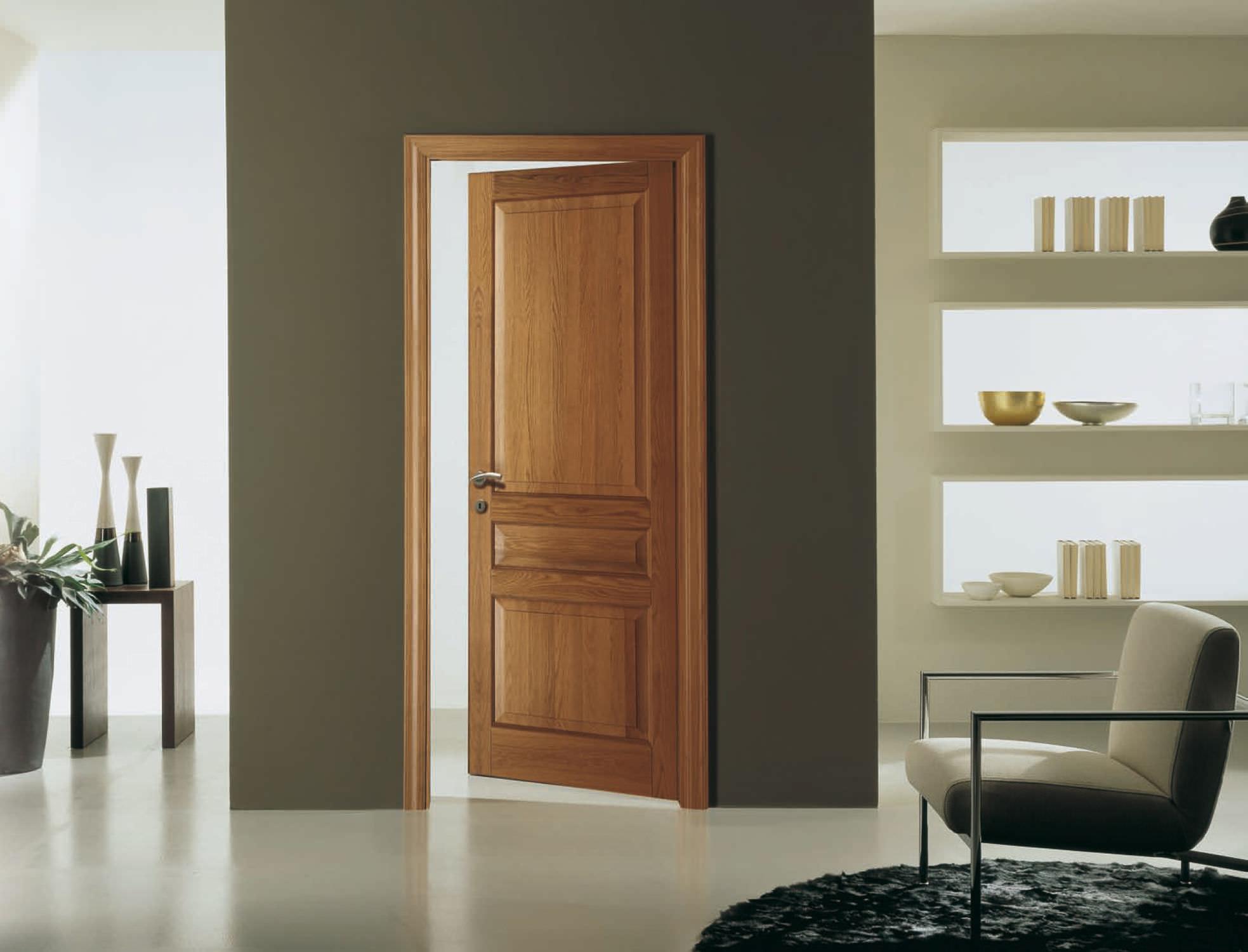 Porta da interni / battente / in legno massiccio - CLASSICA ...