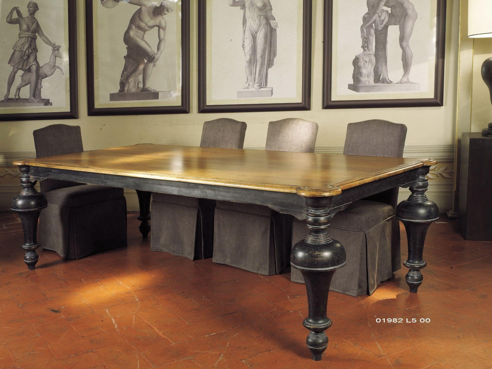 Tavoli Da Pranzo Importanti.Tavolo Da Pranzo Classico In Legno Quadrato Tower Marioni
