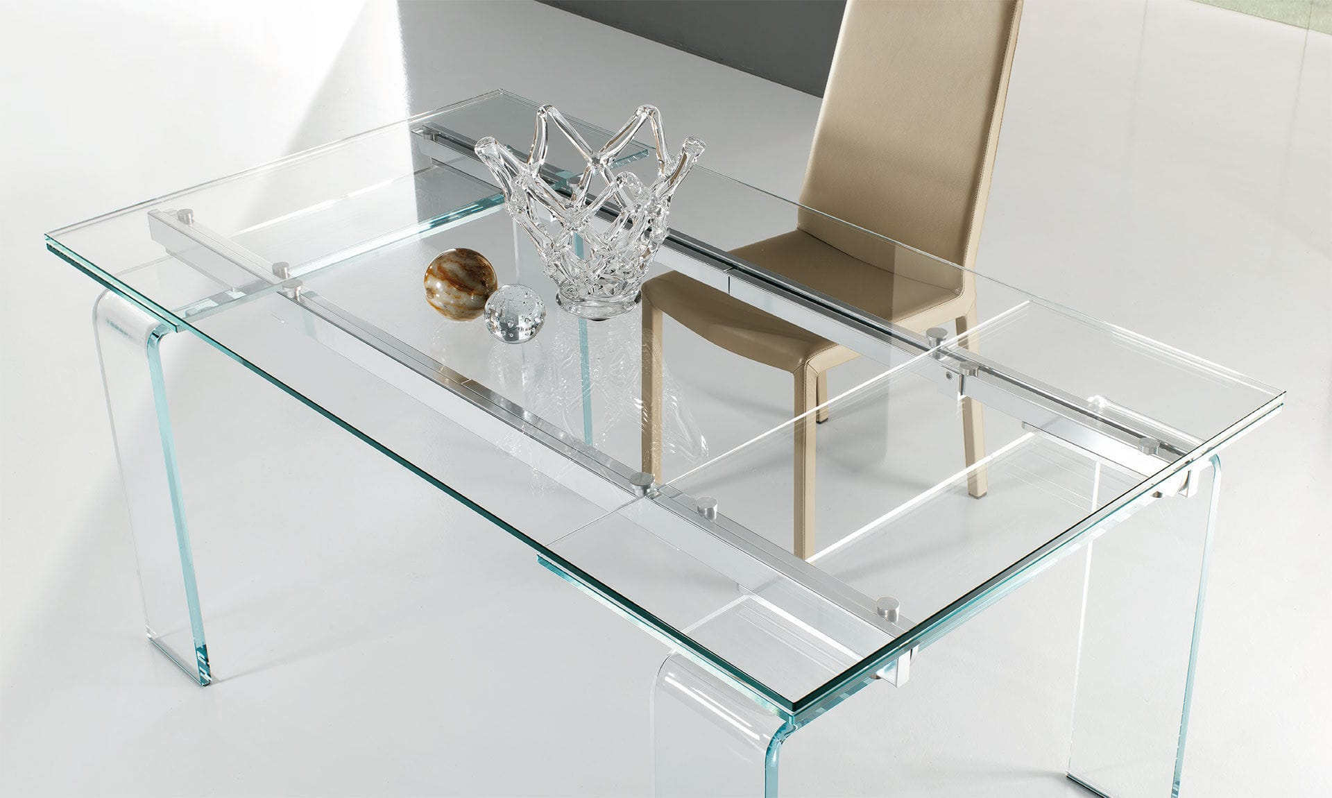 Tavolo moderno / in vetro temprato / rettangolare ...