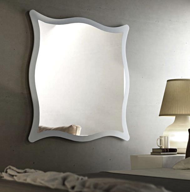 Specchi Moderni Con Cornice.Specchio A Muro Moderno Moving Riflessi