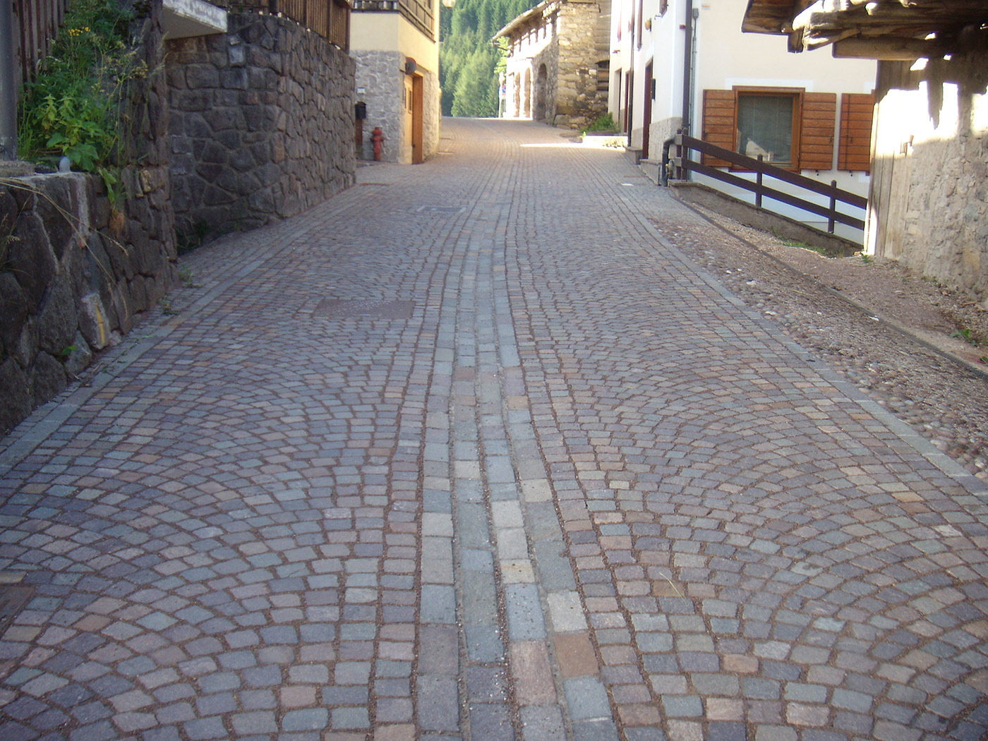 Pavimentazione Giardino In Pietra pavimentazione in pietra - consorzio cavatori produttori