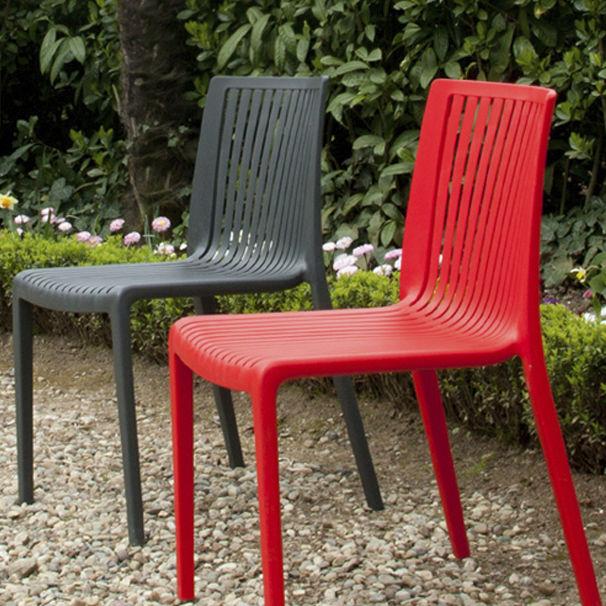 Sedie In Polipropilene Da Giardino.Sedia Da Giardino Moderna Impilabile In Polipropilene Cool