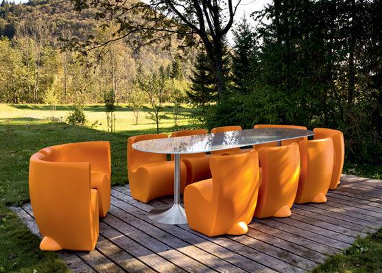 Tavoli E Sedie Da Giardino In Pvc.Set Tavolo E Sedia Design Originale In Plastica Da Giardino