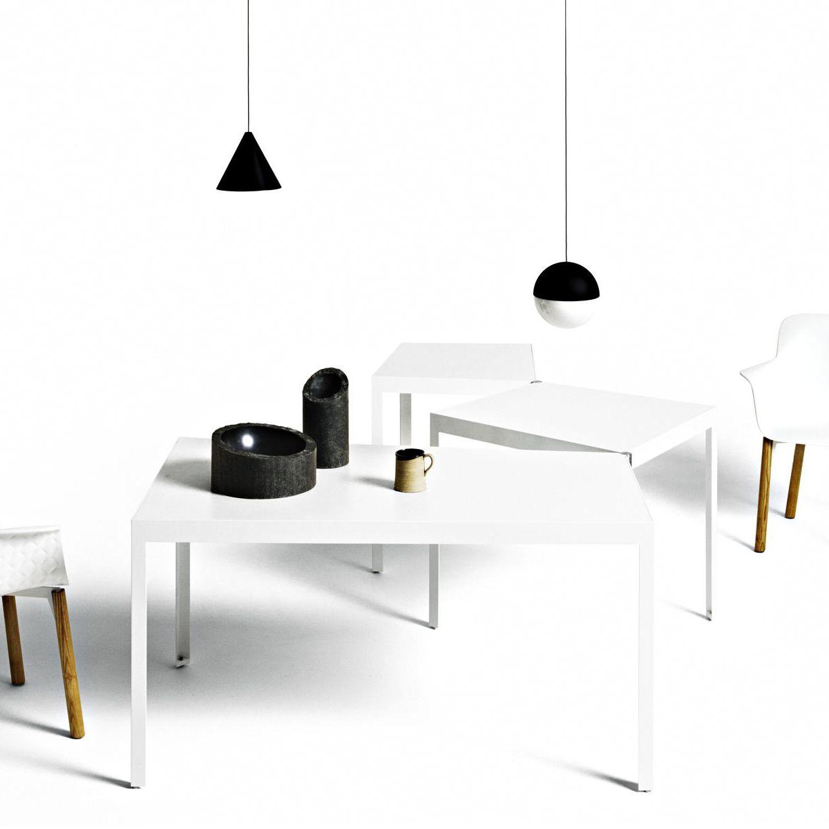 Tavolo Rettangolare Che Diventa Quadrato.Tavolo Moderno In Legno Laccato Rettangolare Quadrato Campo