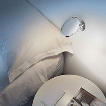 Applique moderna / in metallo / LED / tonda