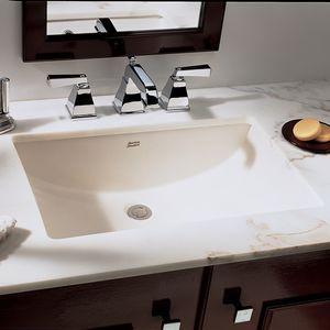 piano lavabo in marmo