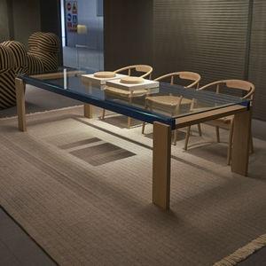 tavolo moderno / in legno massiccio / in noce / in vetro