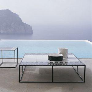 tavolino basso moderno / in gres porcellanato / in lamiera d'acciaio / in alluminio