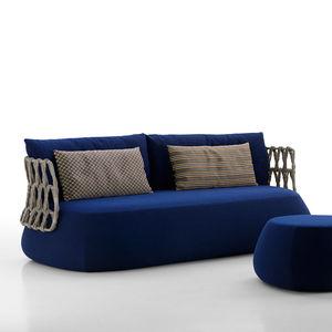 divano moderno / da giardino / in fibre sintetiche / in tessuto
