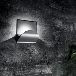 applique moderna / in alluminio / in acciaio / LED