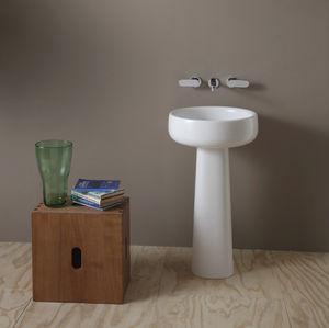 lavabo da terra / tondo / in ceramica / moderno