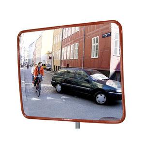 specchio stradale di sicurezza