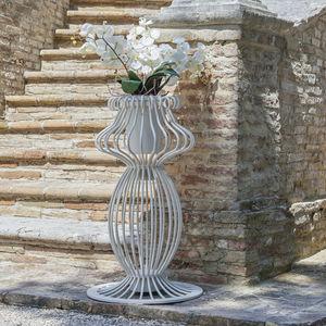 vaso moderno / in ferro modellato / luminoso