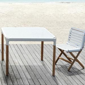 tavolo moderno / in teak / in alluminio / in cartone