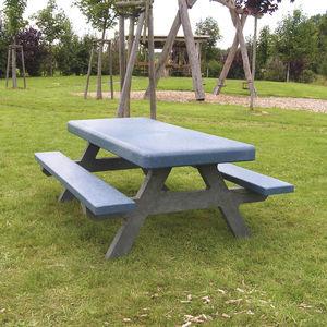tavolo da picnic classico / in plastica riciclata / con supporto in plastica / per spazio pubblico