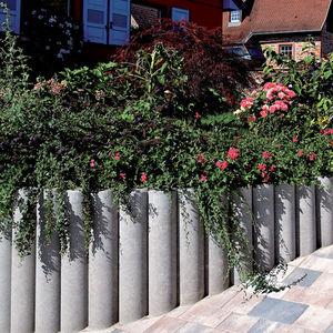 bordura da giardino / in calcestruzzo ad alte prestazioni / curva