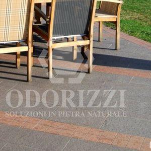 bordura per marciapiede / divisoria / in porfido / lineare
