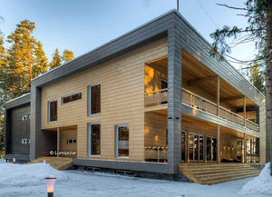 casa prefabbricata / moderna / in legno lamellare / a due piani