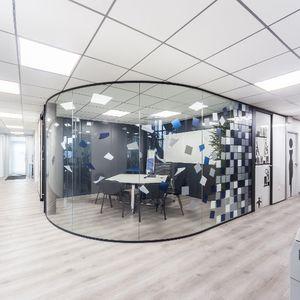 parete fissa / vetrata / ad uso professionale / senza montante verticale