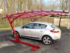 tettoia per posto-auto in acciaio / in alluminio / in policarbonato / contract
