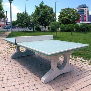 tavolo da ping-pong moderno