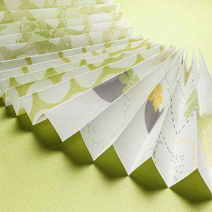 tessuto per tende plissè / per protezione solare / a motivi / a tinta unita