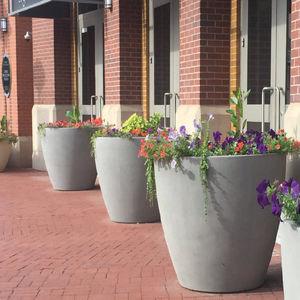 vaso da giardino in fibra di vetro