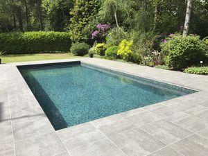 piscina monoblocco / interrata / in vetro / in composito