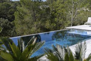 piscina in cassaforma in polimero