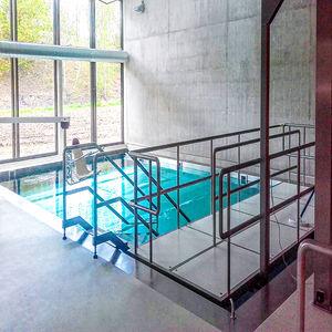 rampa d'accesso in acciaio inox / per disabile / per superamento soglia / per pavimento sopraelevato