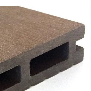 listelli per esterni in cemento