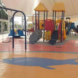 pavimento per parco giochi