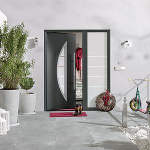 porta d'ingresso / battente / in acciaio / a isolamento termico