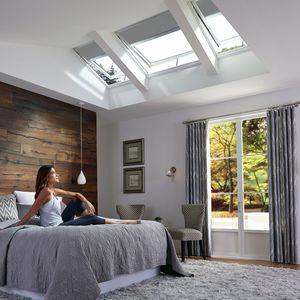 finestra da tetto con sensore solare
