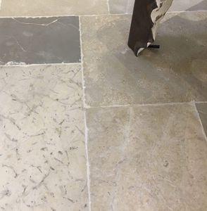 lastricato in pietra naturale