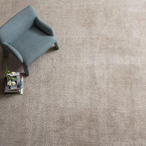 tappeto moderno / a tinta unita / in lana / in seta vegetale