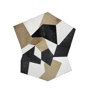 tappeto moderno / motivo geometrico / in pelle / quadrato