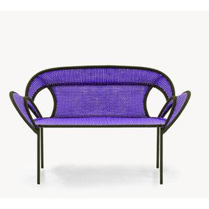 divanetto imbottito design originale / in acciaio / in polietilene / con schienale