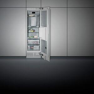 congelatore ad armadio / bianco / in acciaio inox / a risparmio energetico