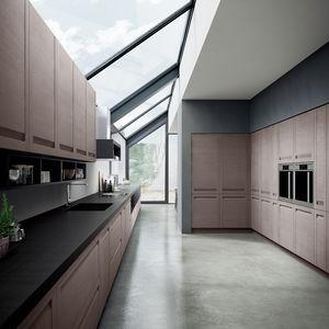 cucina moderna / impiallacciata in legno / in legno massiccio / in quercia