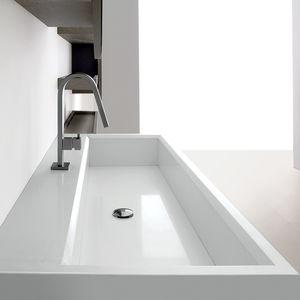 lavabo da appoggio / rettangolare / in Solid Surface / moderno
