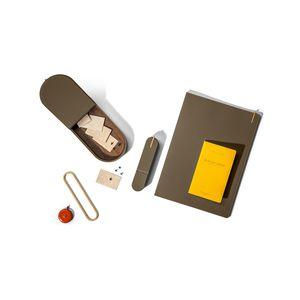 contenitori portaoggetti in pelle