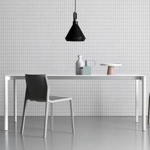 tavolo moderno / in metallo / con supporto in metallo / rettangolare