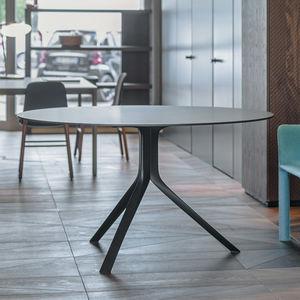 tavolo moderno / in alluminio / con supporto in alluminio / rettangolare