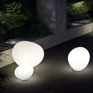 lampada da pavimento