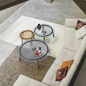 tavolino basso moderno / in vetro temprato / con supporto in quercia / con supporto in legno massiccio