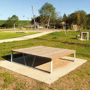 panca da giardino moderna