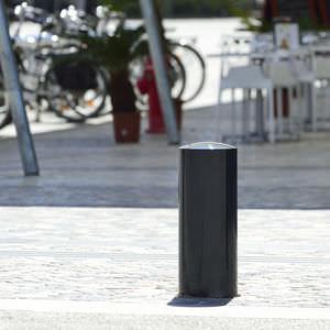 colonna di protezione / in acciaio con rivestimento a polvere / in acciaio inossidabile lucido / a scomparsa