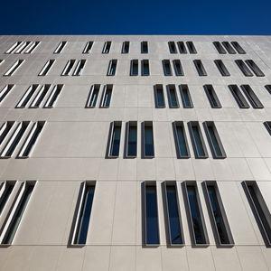 rivestimento di facciata in pannelli / in Dekton® / liscio